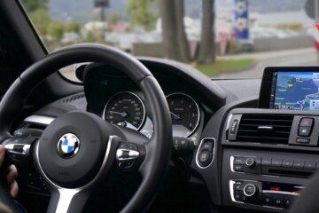 Neuwagen oder Gebrauchtwagen kaufen