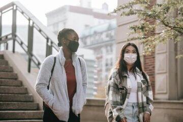 Frauen Masken